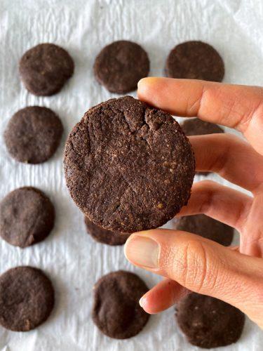 paleo oreo cookies
